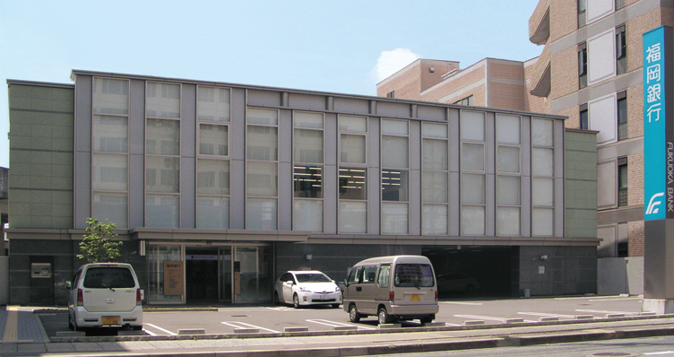 福岡銀行 福岡流通センター支店(福岡県) 設計:九建設計